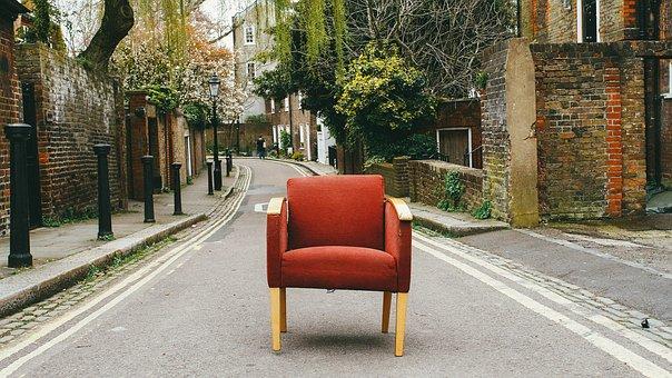 Necesito vender mi casa ¿retiro los muebles o los mantengo?